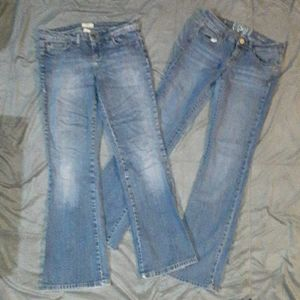 Bundle of 2 pairs of juniors 7 bootcut jeans